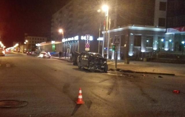 Тюменец на внедорожнике устроил массовое ДТП в центре города