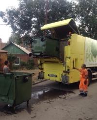 «Чистый город» регулярно проводит дезинфекцию мусорных контейнеров