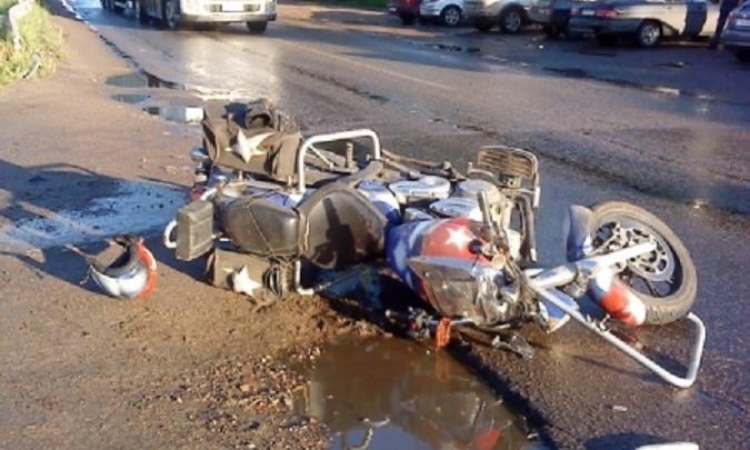 В Угличе мотоциклист сбил пешехода