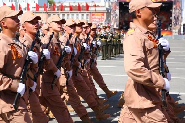 Самара отметила 9 мая масштабным парадом
