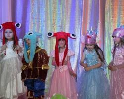Сотрудники «Газпром нефти» подарили праздник детям