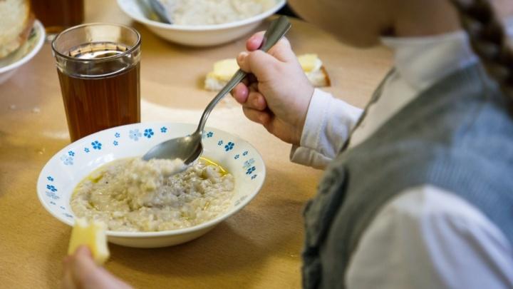 Волгоград входит в топ-10 российских городов с самым дешевым школьным питанием