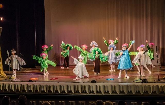 Волгоградцы протестуют против ликвидации детской школы искусств