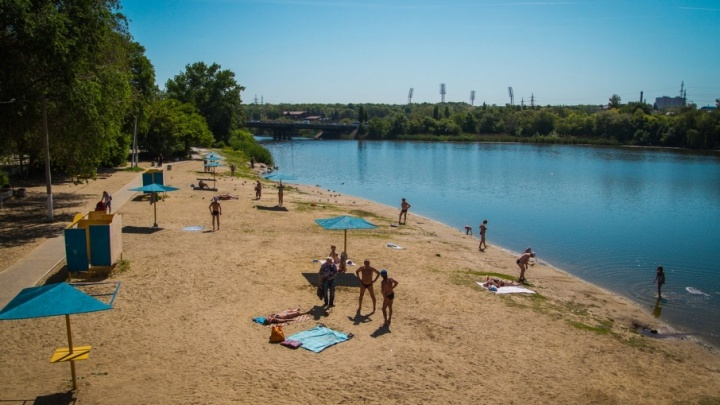 Камыши, песок и грязь: смотрим, как выглядят ростовские пляжи перед купальным сезоном