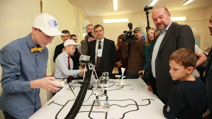 Робототехнике и 3D-моделированию научат детей Устьянского района этой осенью
