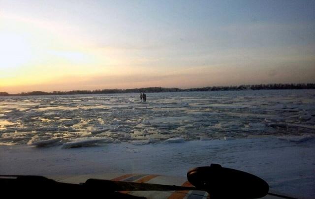В Самаре оштрафуют родителей подростков, которые катались на льдине