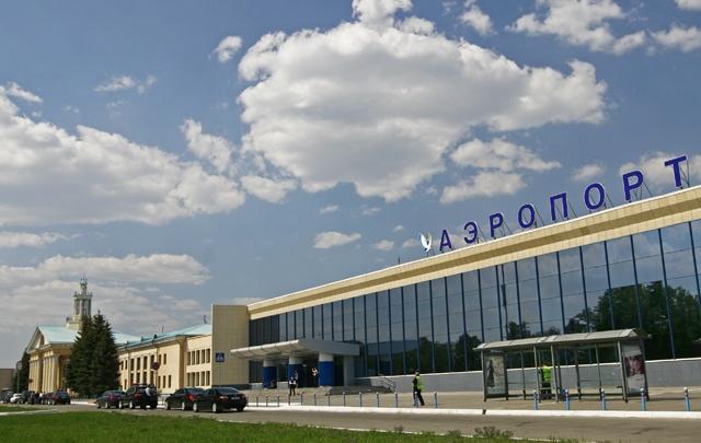 Челябинский аэропорт отказался от установки информационного табло на новой парковке