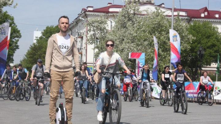 В велопараде приняли участие 3000 тюменцев: фоторепортаж