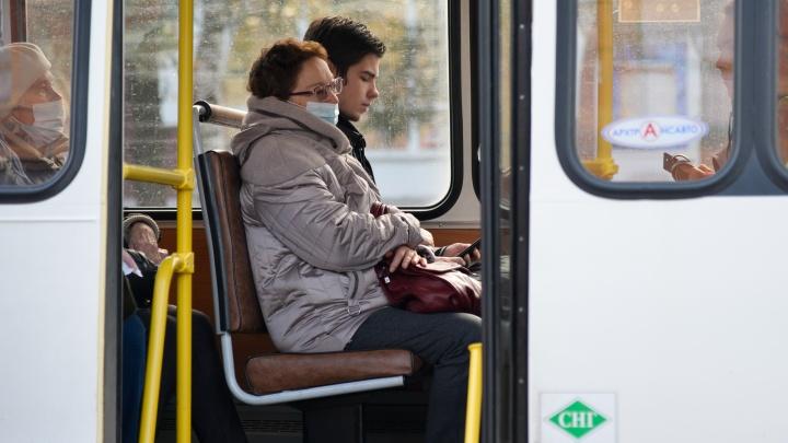 В администрации Архангельска рассказали, сколько кондукторов и водителей автобусов носят маски