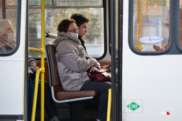 Автобусы впервые с июля вернулись на свой старый маршрут