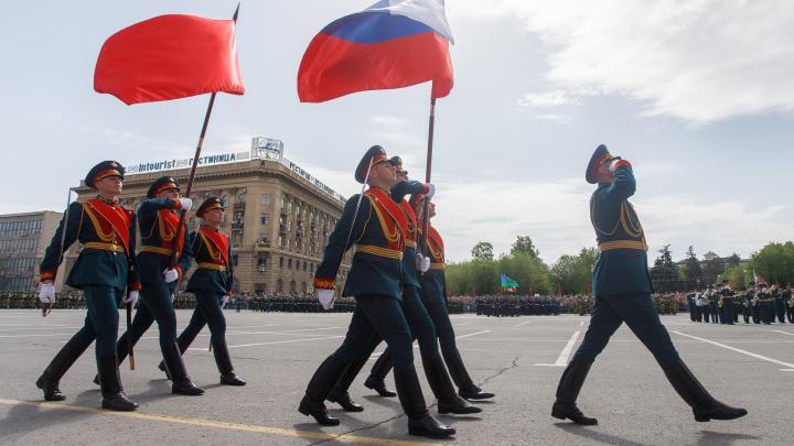 В Волгограде парад Победы вернули на площадь Павших Борцов