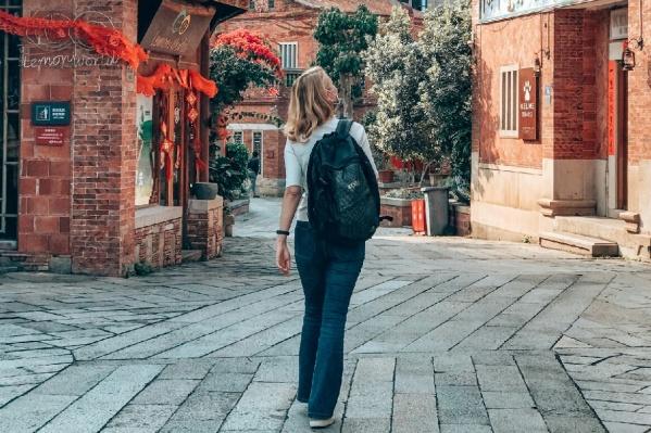 Вход в старый город-музей Удяньши открыт, можно разглядывать достопримечательности
