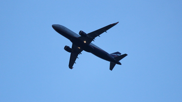 Ученые против мифов: есть ли в самолете безопасные места и так ли опасна турбулентность
