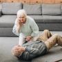 «Ответственность — на окружающих»: как не пропустить у близкого инсульт
