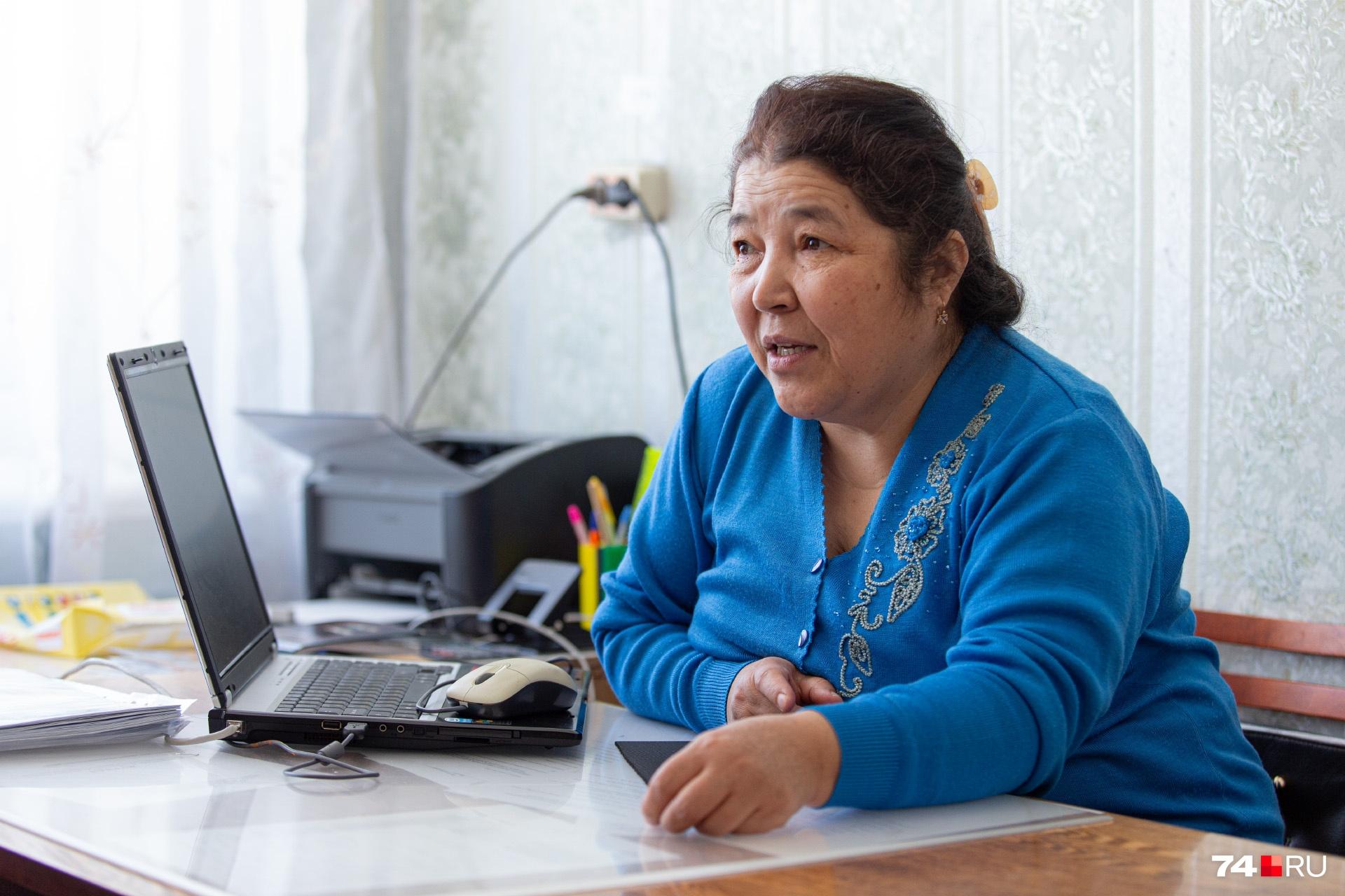 Директор школы о жалобе узнала после звонка из районного отдела образования