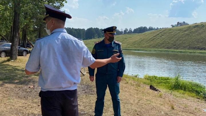 Ушел купаться на реку: в Свердловской области пропал 14-летний школьник