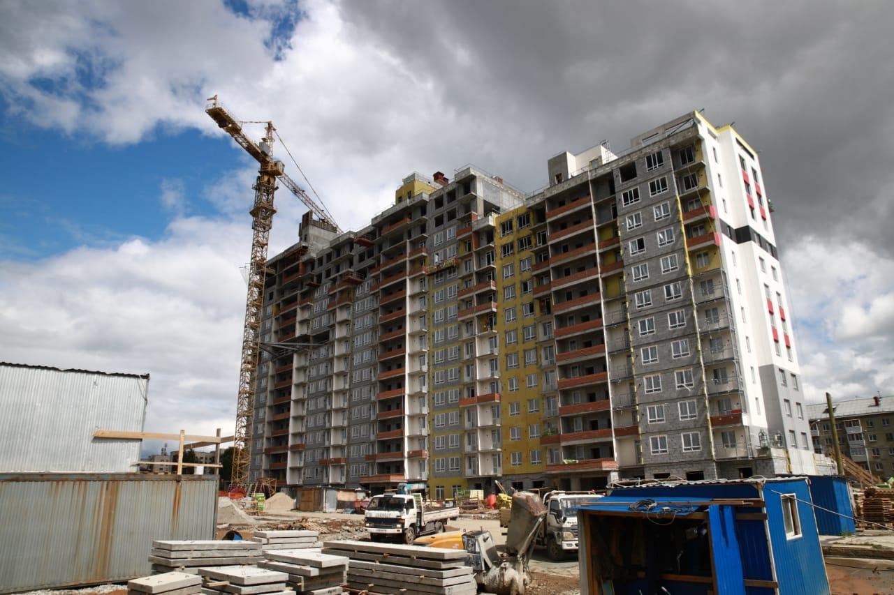 Быстро строить позволяет слаженная работа всех бригад и бесперебойное финансирование