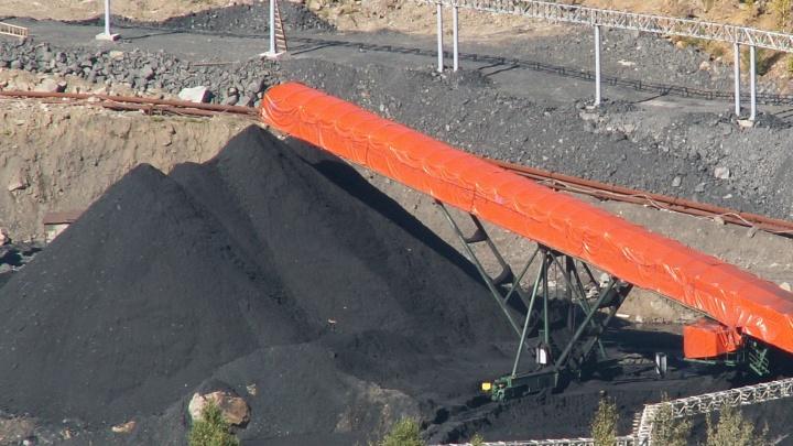 Обрушение на шахте в Кузбассе и двое погибших: следком возбудил уголовное дело