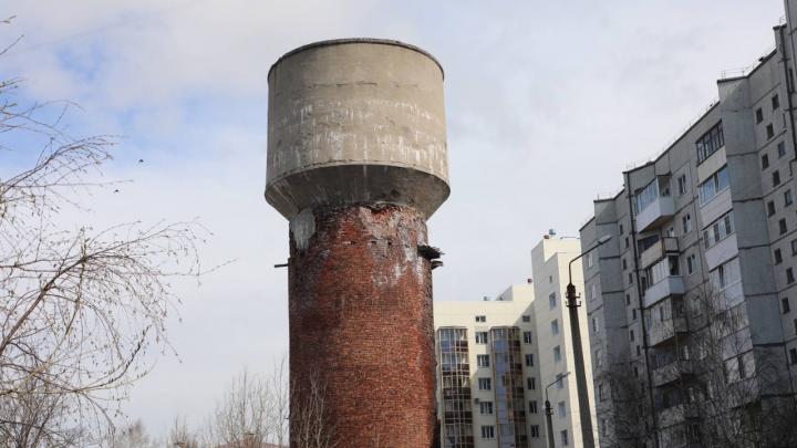 В Архангельске нашли подрядчика для проектирования сноса аварийной водонапорной башни