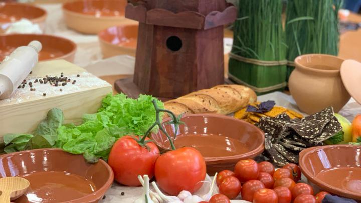 От куриных чипсов до натурального мороженого: в Тюмени пройдет ярмарка местных товаров