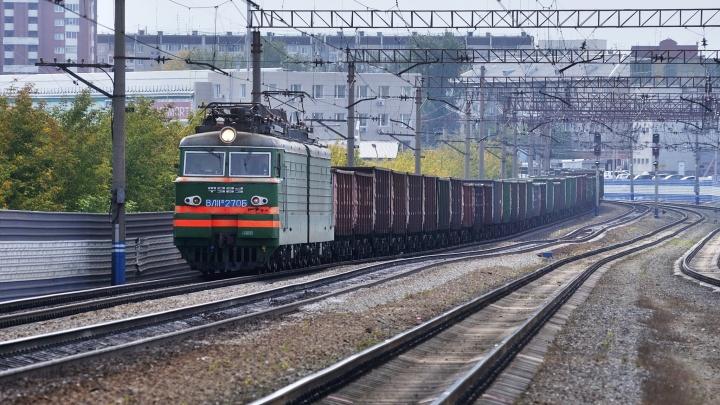 В Екатеринбурге поезд насмерть сбил человека