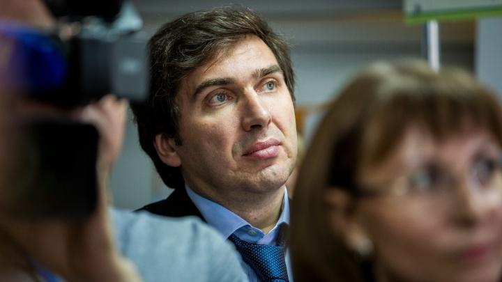 Как коронавирус захватывает Новосибирск: онлайн-трансляция со встречи с министром