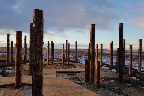 Работы на территории памятникав Белозерском районе вели с осени прошлого года