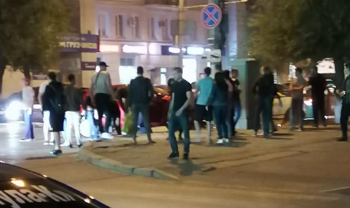 Пострадали мужчина и две женщины: полиция рассказала подробности аварии на злополучном волгоградском перекрестке