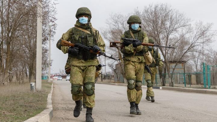 Нижегородским военным поручено создать отряды по борьбе с коронавирусом
