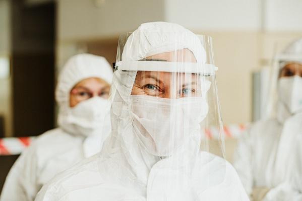 В Новосибирских клиниках можно сдать разные виды анализов на коронавирус