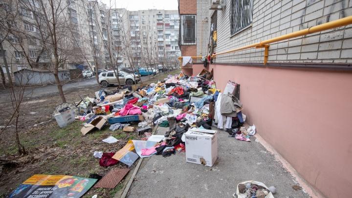 «Говорила, боится идти домой»: в Ростове пенсионерку отправили в психлечебницу после смерти сына