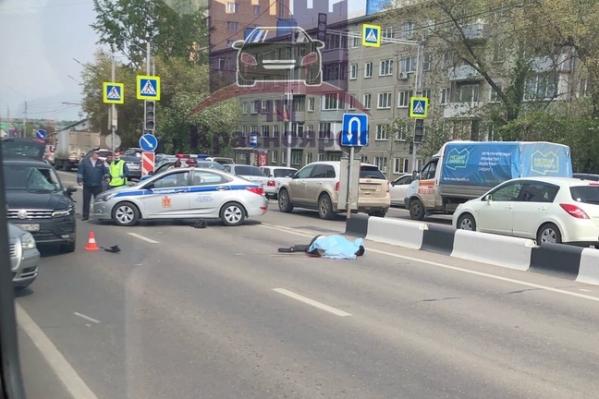 Мужчину сбили на неработающем пешеходном переходе