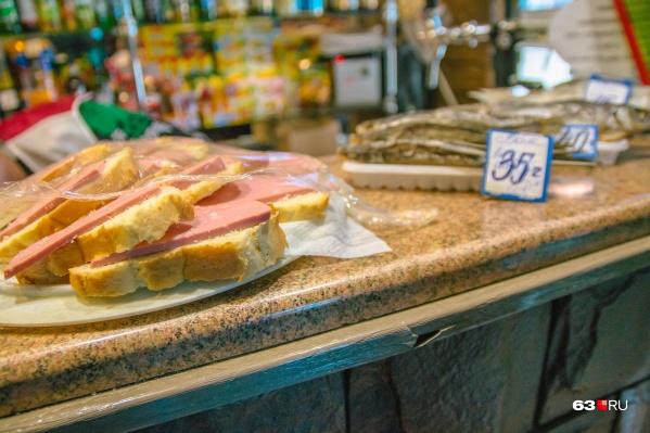 Колбаса с микробной трансглютаминазой может быть опасна для здоровья