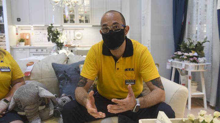 «Зарабатывали больше, чем в обычные дни»: интервью с директором IKEA, открывшейся после четырехмесячной паузы