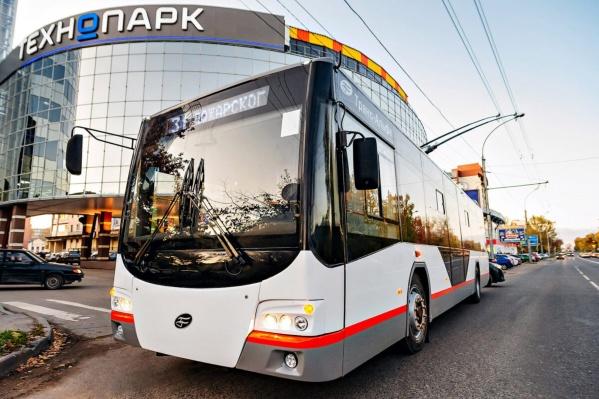 Троллейбусы «Авангард» ездят по улицам Петербурга и Крыма
