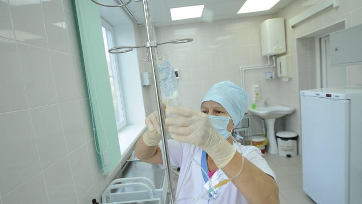 «Препараты от COVID-19 могут приводить к гематомам»: Минздрав — о синяках 85-летней пациентки из Кушвы
