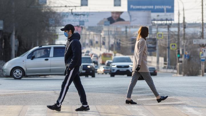 Почти как до коронавируса: в изолированном от инфекции Волгограде опустели улицы и дороги