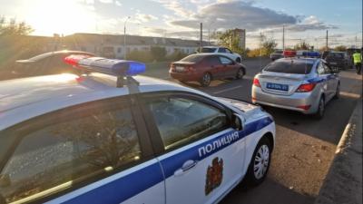 Бдительные граждане заметили водителя, делающего странные маневры, и сдали его полиции