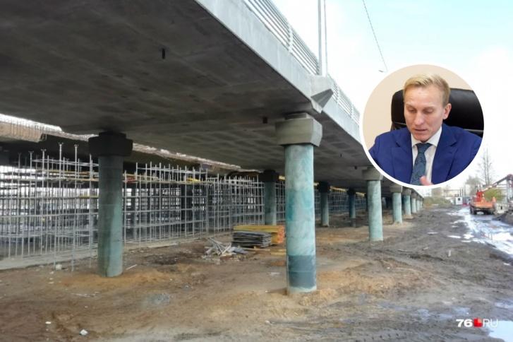 Ярослав Овчаров долго следил за ходом работ на Добрынинском мосту и докладывал, что всё отлично. А потом признался, что ничего в этом не понимает, как и его коллеги