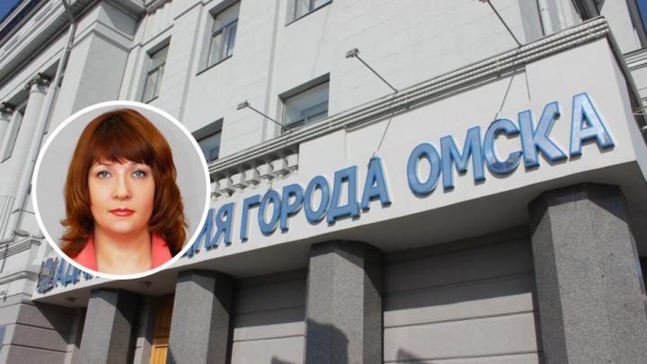 Стала известна зарплата нового директора департамента жилищной политики в Омске