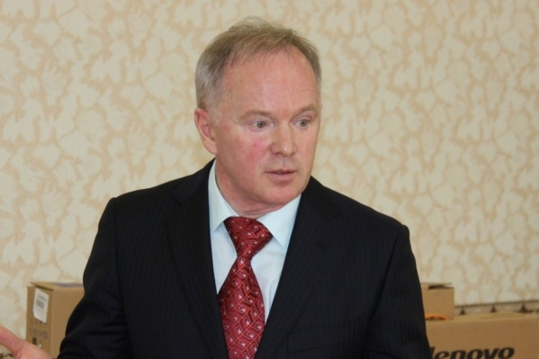 В Законодательное собрание Андрей Самсонов избирался от Троицкого района. В апреле ему исполнилось 60 лет