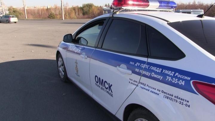 В Омской области насмерть сбили 19-летнюю девушку