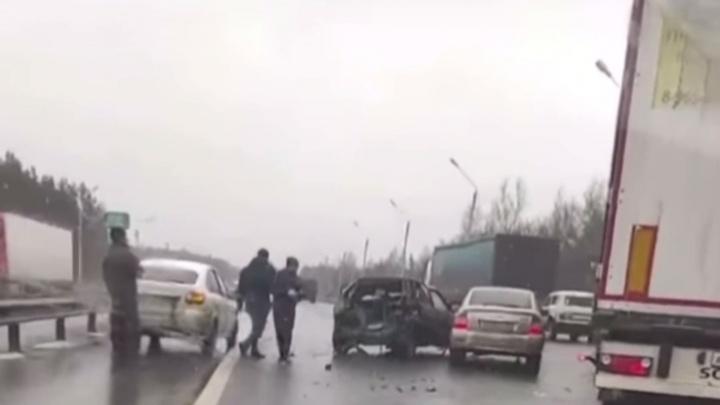 Авария на Южном обходе Нижнего Новгорода собрала «паровозик» из машин