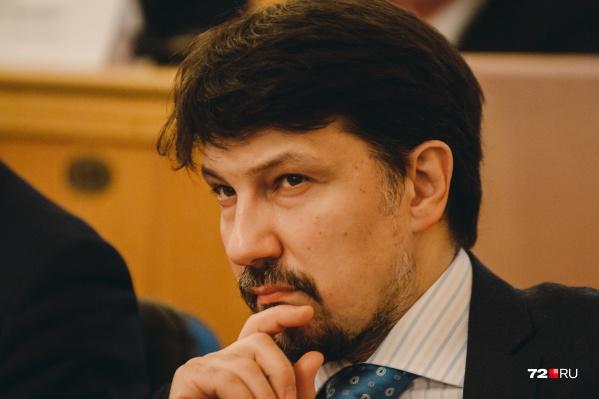Михаил Таранов долгое время былзаместителем директора