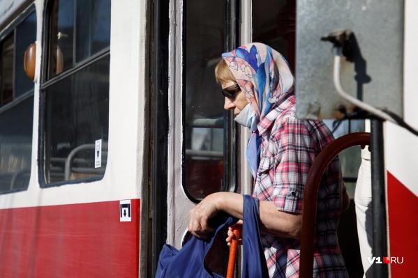 Чтобы добраться до дома и работы, волгоградцам придётся пользоваться троллейбусами, автобусами и маршрутками