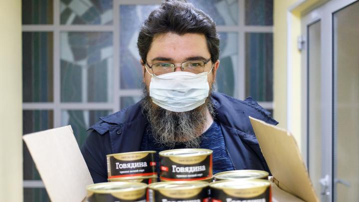 «Если каждый закупит на год — будет дефицит»: в Волгограде торговые сети выдерживают продуктовый ажиотаж