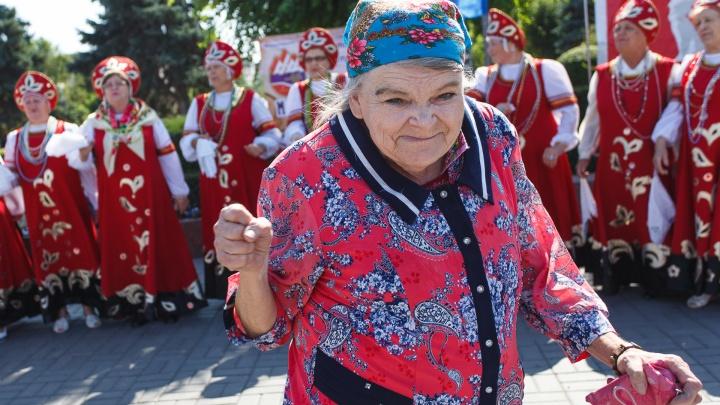 Волгоградским пенсионерам продлили режим самоизоляции