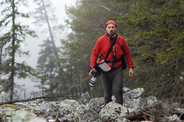 Олег занимается фотографией и продвигает Уральские горы от юга до севера