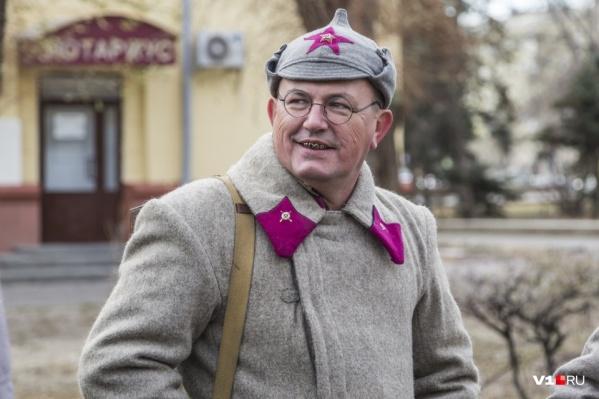 Мужчинам предложат роли советских и немецких солдат