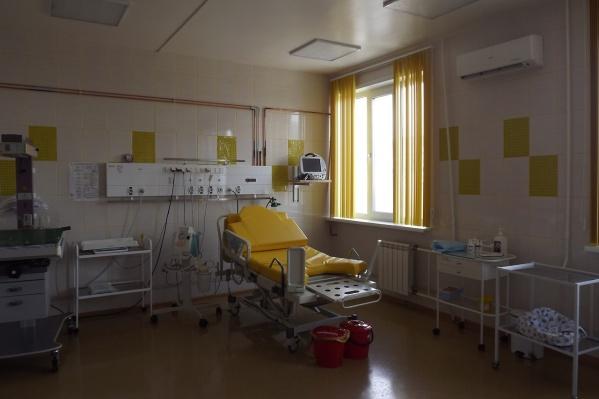 Беременных пока вирус обошел стороной, но врачи предпочитают встретить его подготовленными